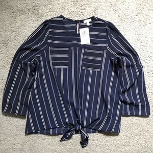 Long sleeve dark blue blouse